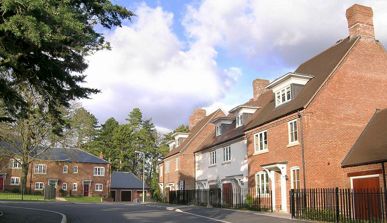 New housing at Chilbolton Court, Winchester