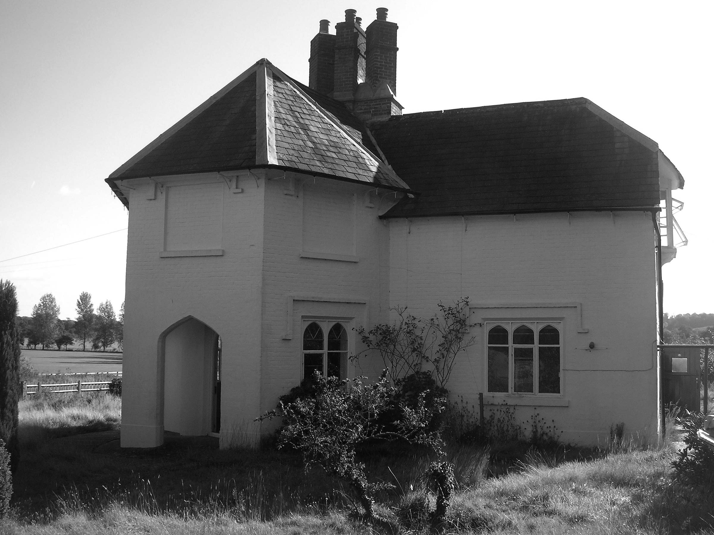 Restoration of Grade II Listed cottage, Hampshire