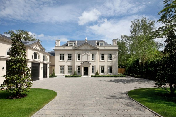 New Classical house in Surrey