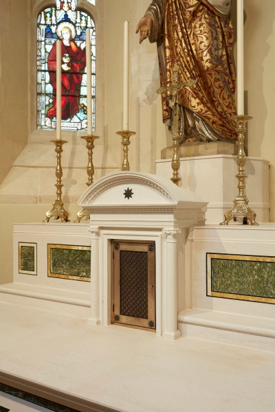 New Altar for The Sacred Heart Chapel at St Aloysius Church, Oxford
