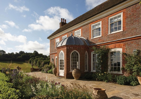 Alteration, addition and refurbishment of farmhouse in Hampshire